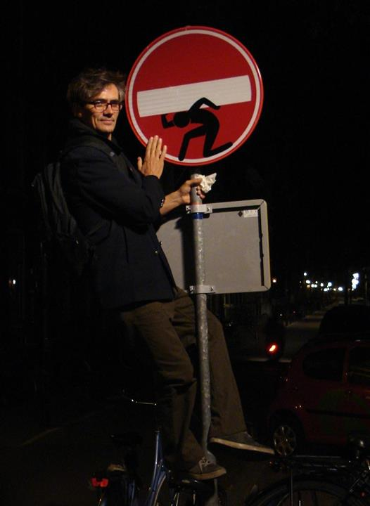 CAPAStudyAbroad Interview with Street Artist Clet in Florence