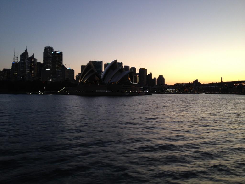 CAPAStudyAbroad_Sydney_Kiaya Heise_Opera House Twilight
