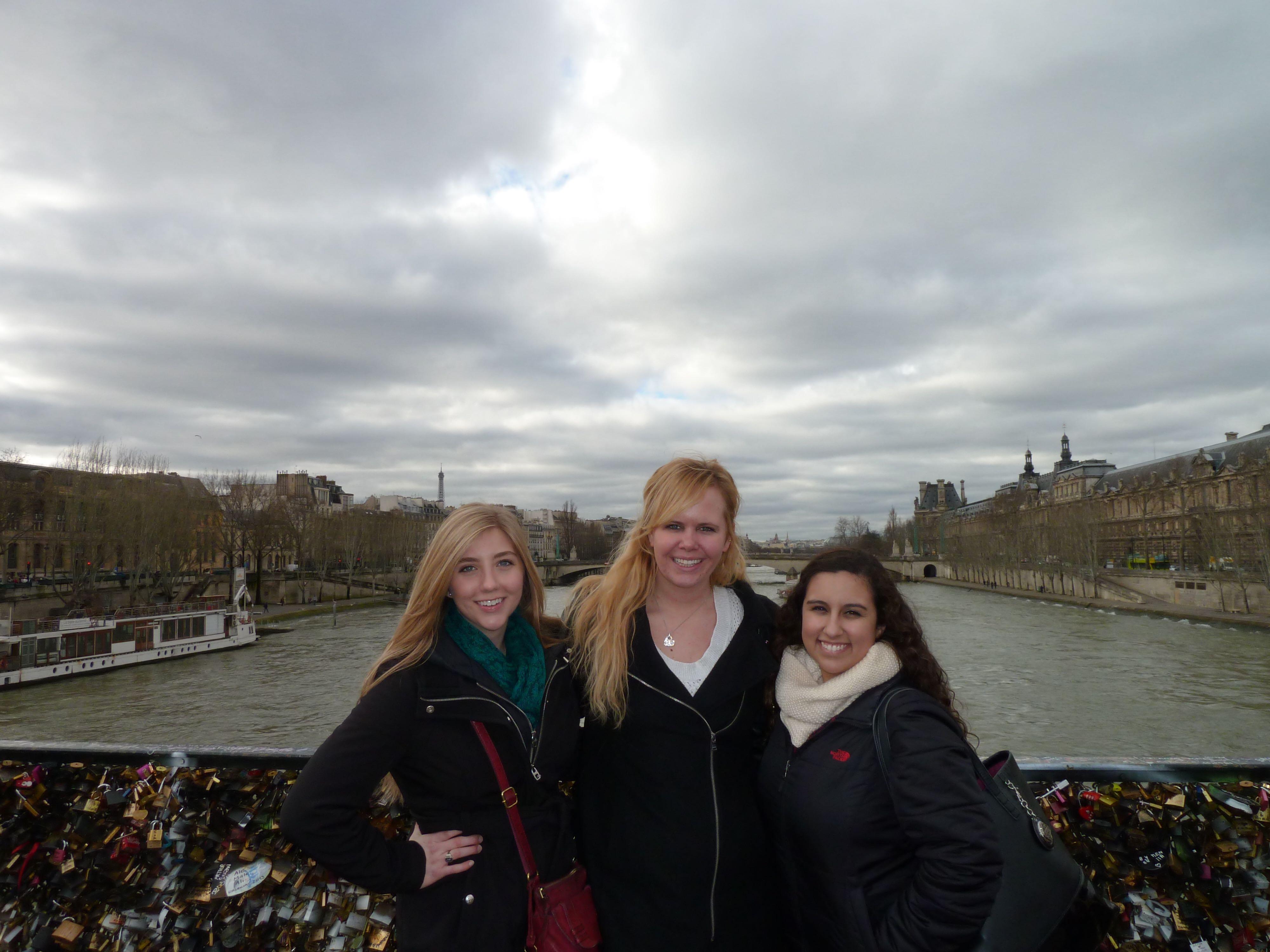 CAPAStudyAbroad_London_Spring_2014_Alumna_Cassie_Naes_in_Paris