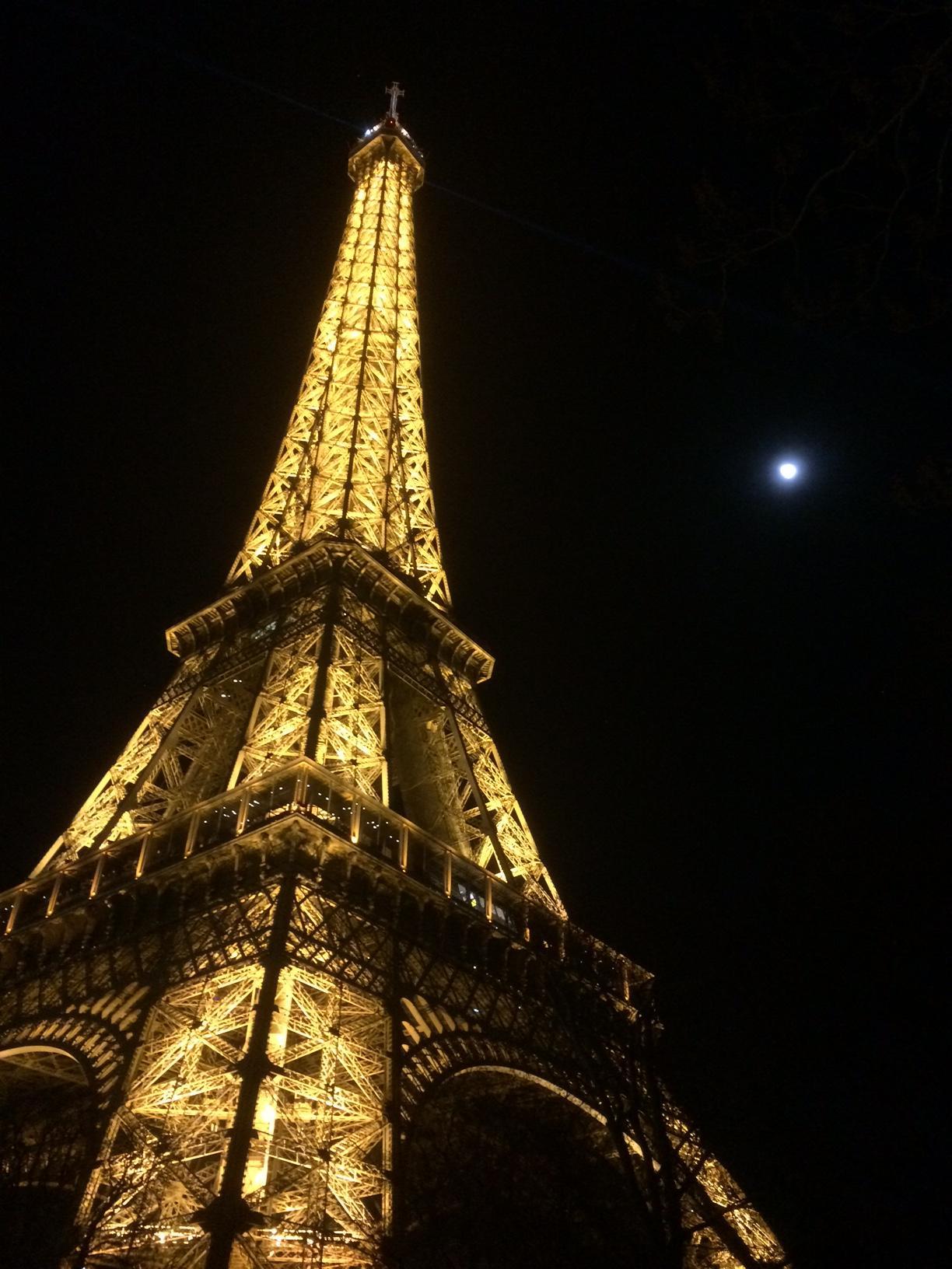 CAPAStudyAbroad_London_Spring2015_Paris_Trip_from_Matt_Linenbroker4