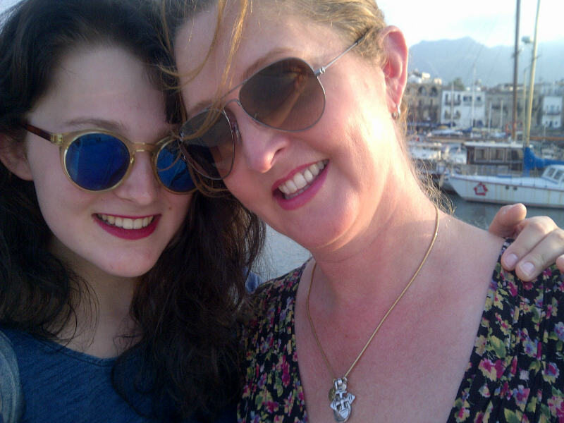 CAPAStudyAbroad_London_Professor_Katharine_Norbury_-_with_Evie1-1