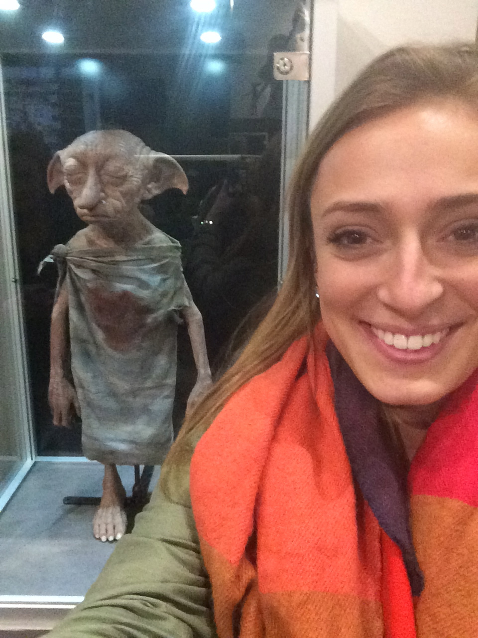 CAPAStudyAbroad_London_Spring2014_Sophia_Love_with_Dobbie_at_Harry_Potter_Studios