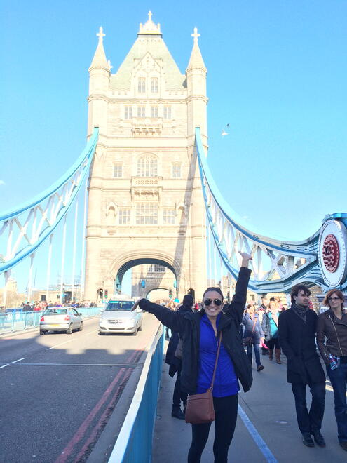 CAPAStudyAbroad_London_Spring2014_Sophia_Love_on_Tower_Bridge