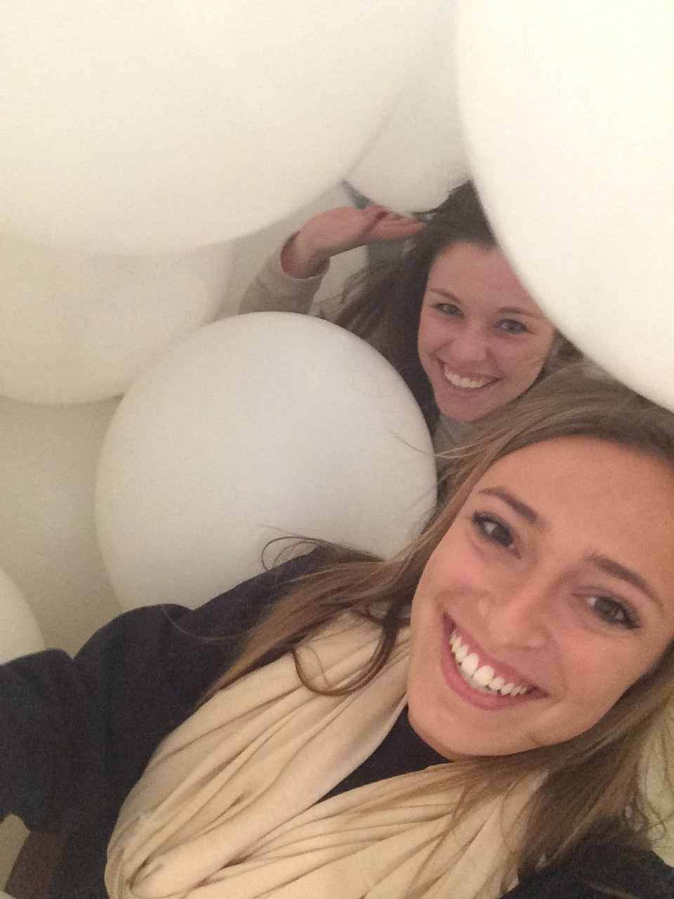 CAPAStudyAbroad_London_Spring2014_Sophia_Love_and_Olivia_Schroeder_at_Modern_Art_Museum_Balloon_Room