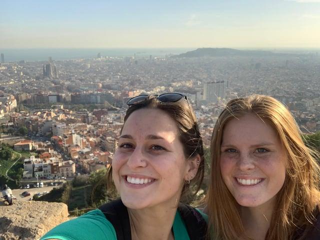 CAPAStudyAbroad_Spring 2020_Barcelona_Nina Vrtjak_Nina & Friends at the Bunkers