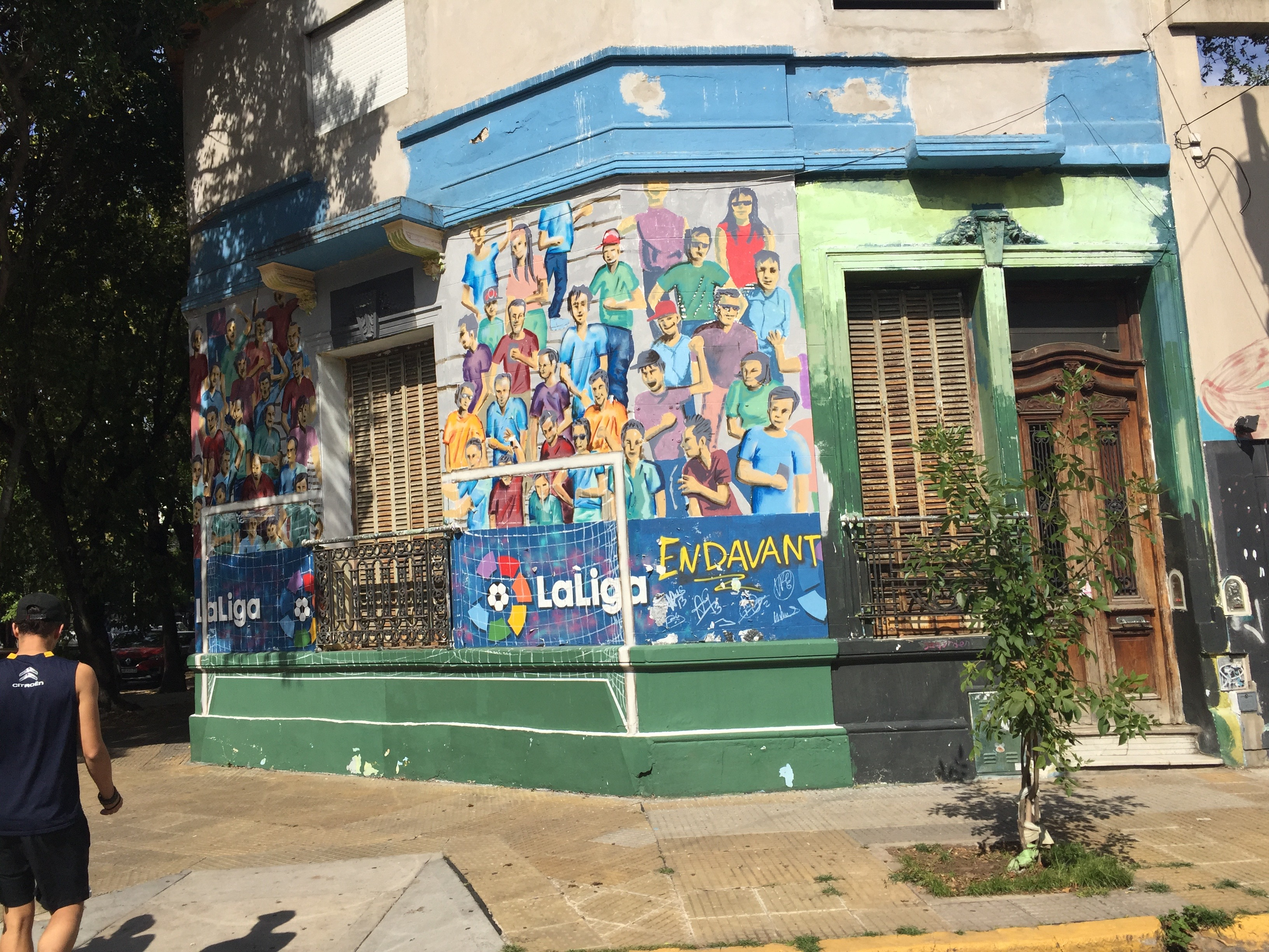 CAPAStudyAbroad_Buenos Aires_Spring2018_From Claire Shrader - Cool Wall near Sheikobs...love Palermo!