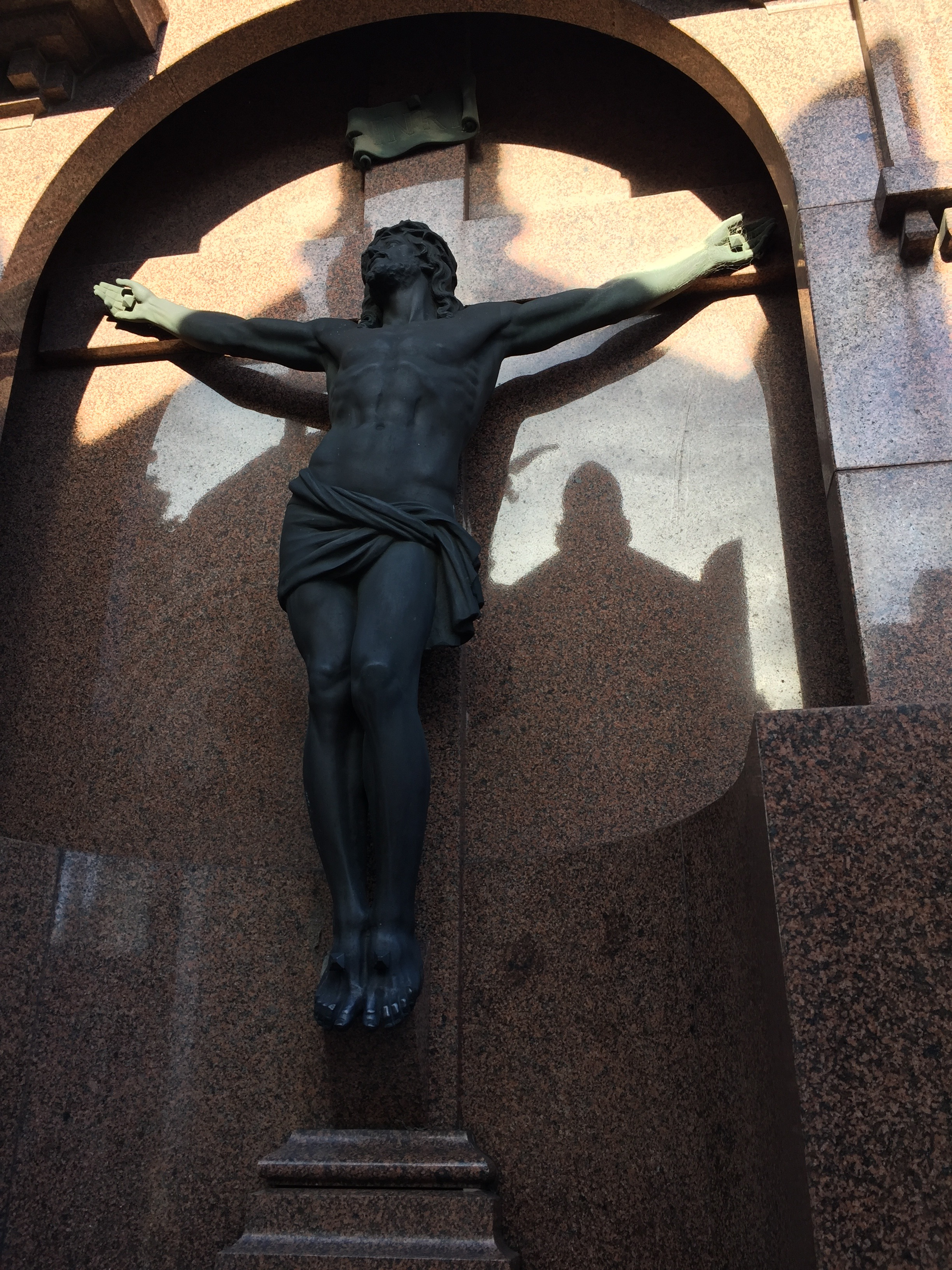 CAPAStudyAbroad_Buenos Aires_Spring2018_From Claire Shrader - Crucifix Statue