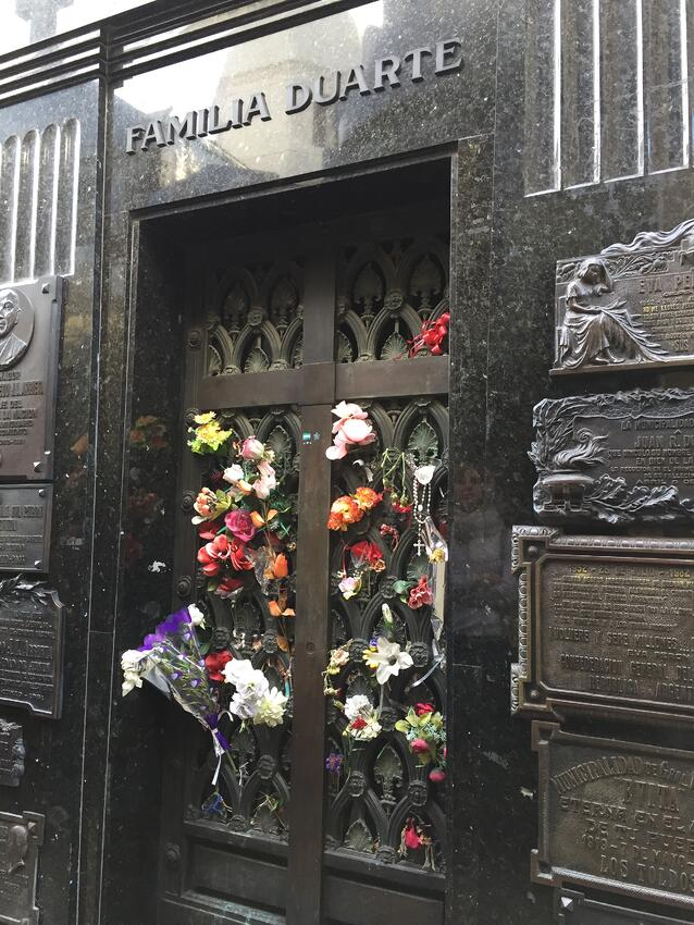 CAPAStudyAbroad_Buenos Aires_Spring2018_From Claire Shrader - Eva's Grave