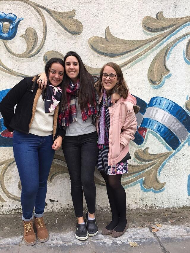 CAPAStudyAbroad_Spring2018_Buenos Aires_Claire Shrader_Claire and Friends