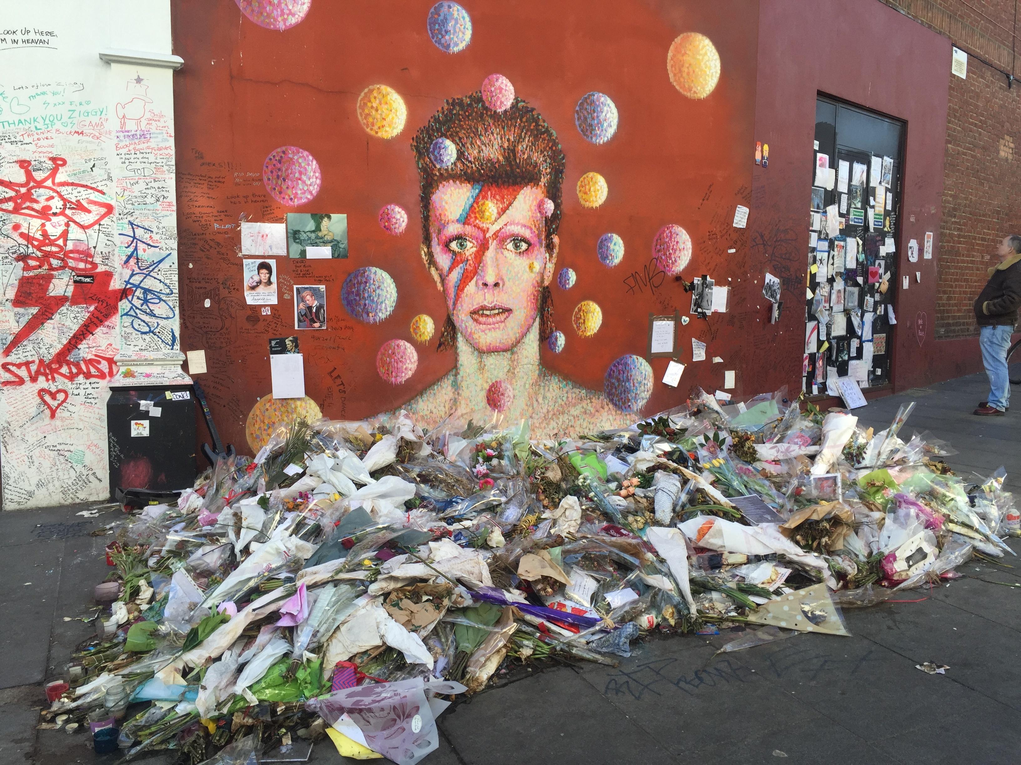 CAPAStudyAbroad_From Rachel Long_Interview_David Bowie mural in Brixton - Feb 2017.jpg