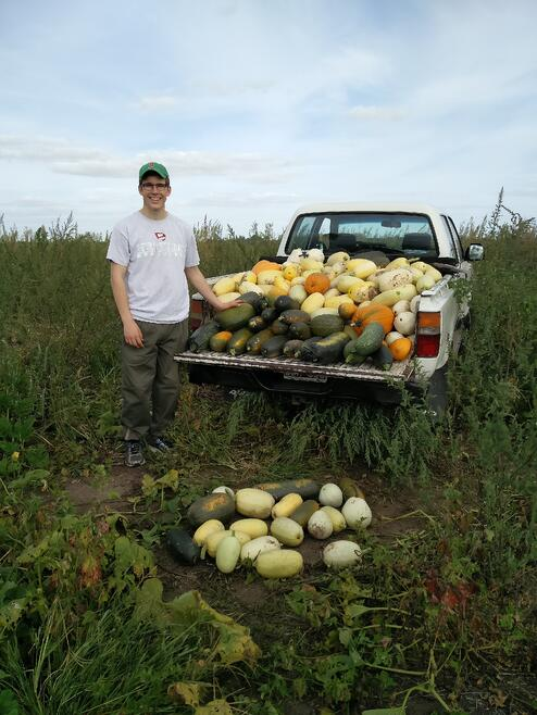 CAPAStudyAbroad_BuenosAires_Spring2016_From_Tommy_Sullivan_-_Weekend_at_host_familys_Farm_-squash.jpg
