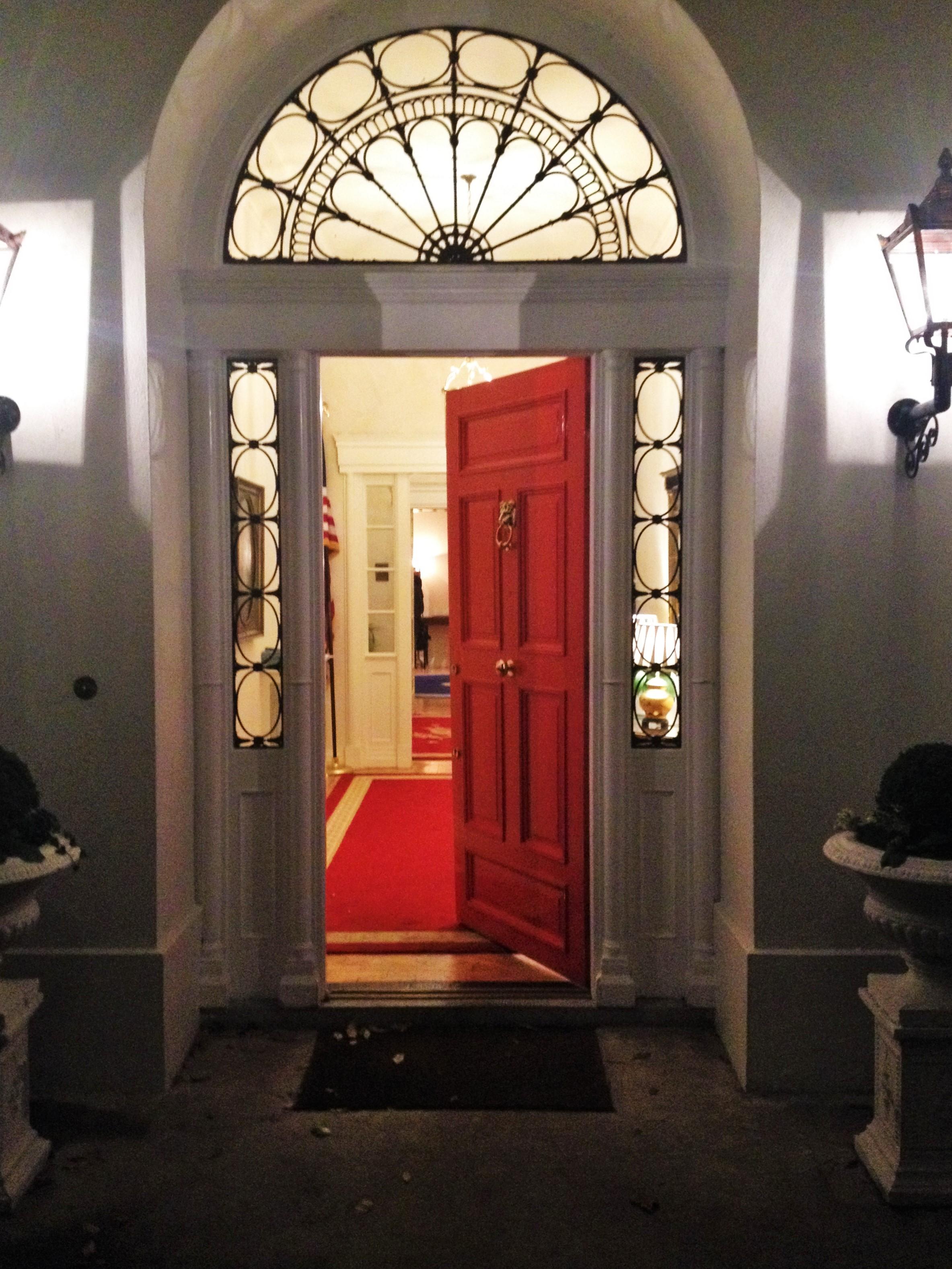 CAPAStudyAbroad_Dublin_Spring2017_From Nathan Overlock - Food at Ambassadors Residence4.jpg