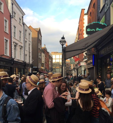 CAPAStudyAbroad_Dublin_Summer2017_From Cat Gloria Bloomsday (by Susanne Bach).png