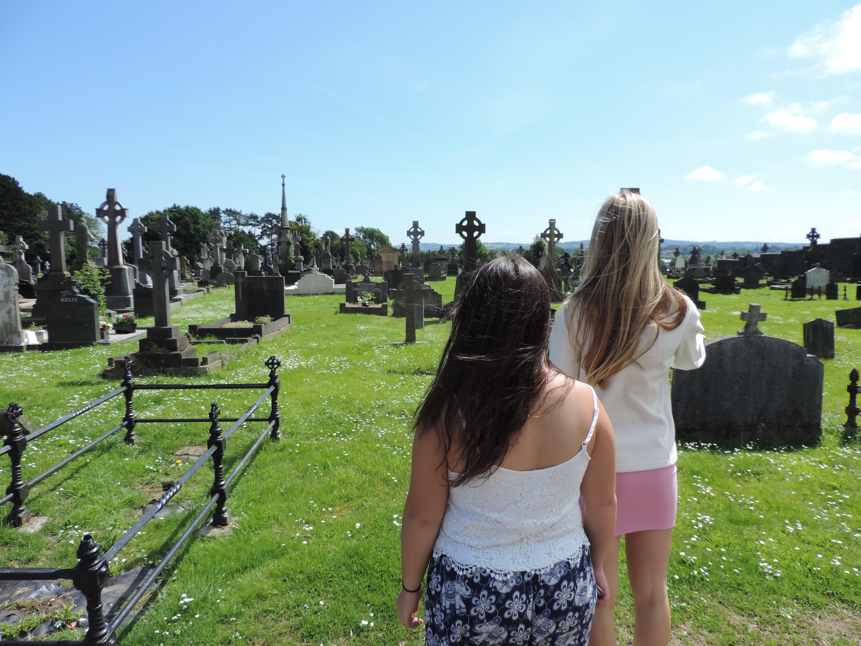 CAPAStudyAbroad_Dublin_Summer2017_From Cat Gloria Cemetery.jpg