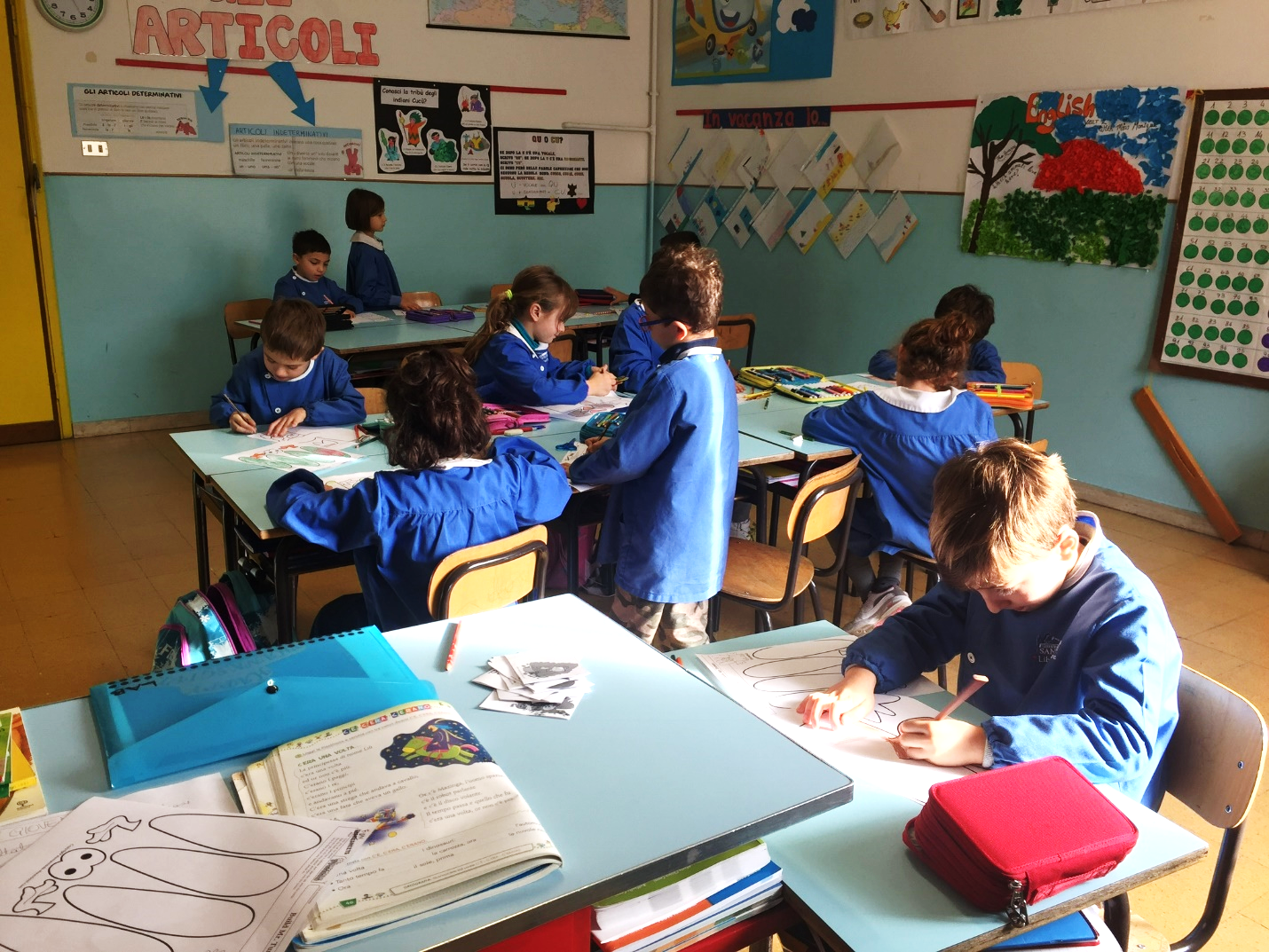 CAPAStudyAbroad_Florence_Fall2016_From Kayla Sides - Volunteering - Elementary School1.png