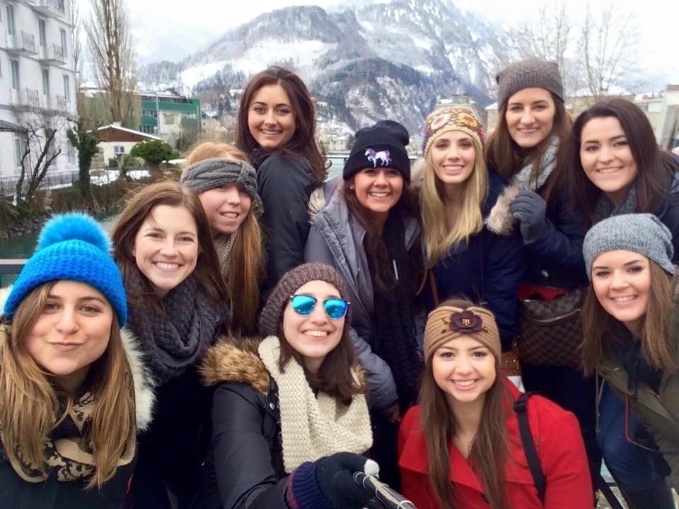 CAPAStudyAbroad_Florence_From Emily Kearns - Friends1.jpg