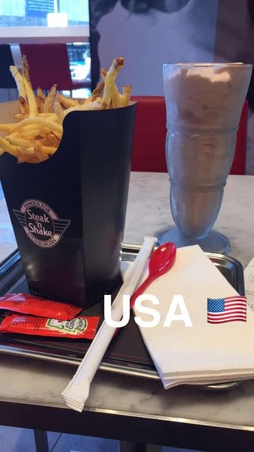 CAPAStudyAbroad_Florence_Spring2016_From_Marte_Eggleston_-_milkshake_from_Steak_n_Shake.jpg