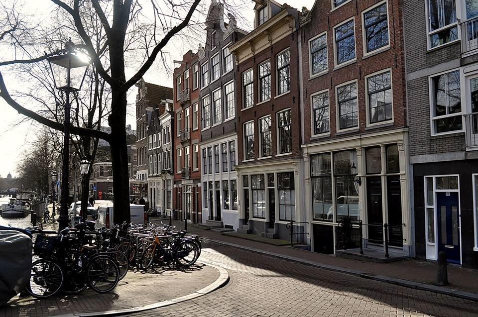 CAPAStudyAbroad_From Emily Kearns - bike riders in Amsterdam-1.jpg