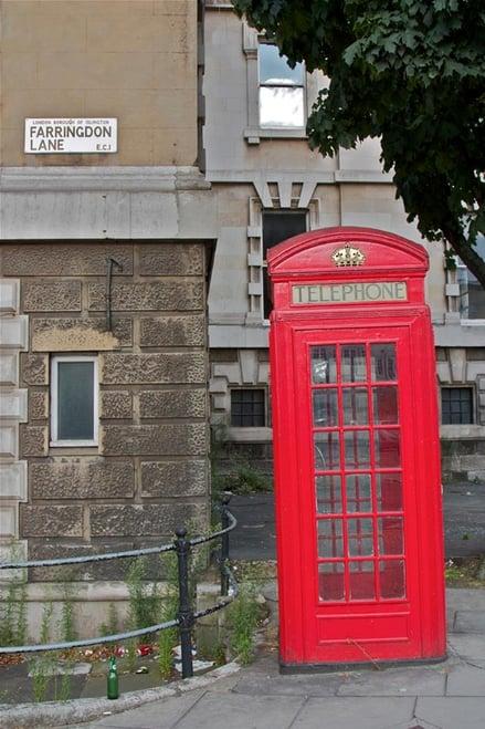 CAPAStudyAbroad_London_By_Stephanie_Sadler_-_London_phone_booth.jpg