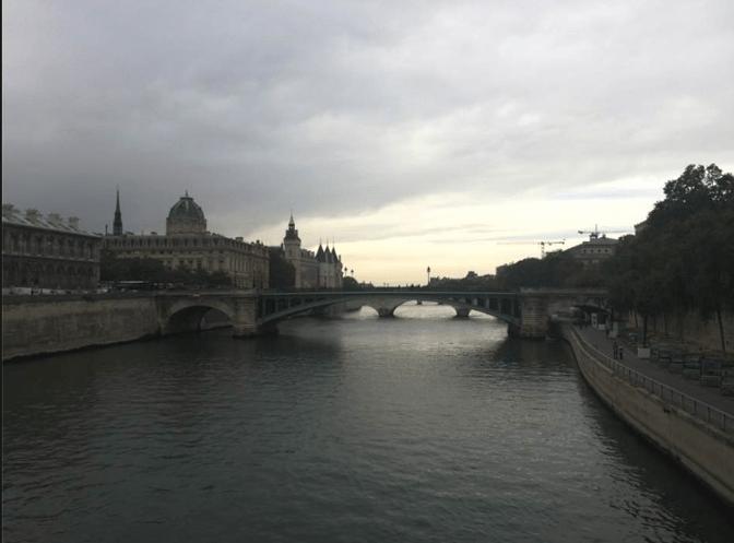 CAPAStudyAbroad_London_Fall2016_Katrina_Deisler_-_Paris_Trip.png