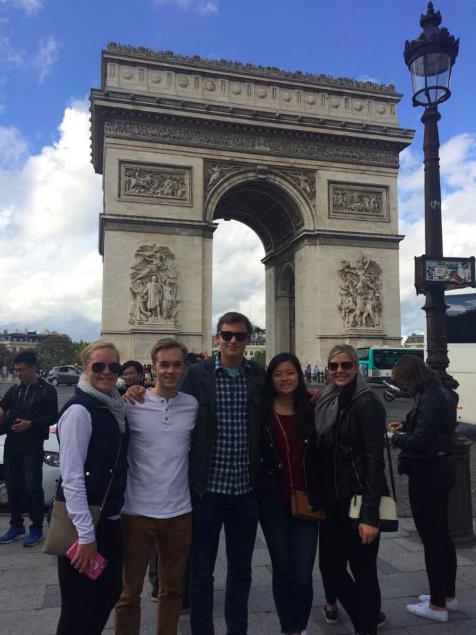 CAPAStudyAbroad_London_Fall2016_Katrina_Deisler_-_Paris_Trip3.png