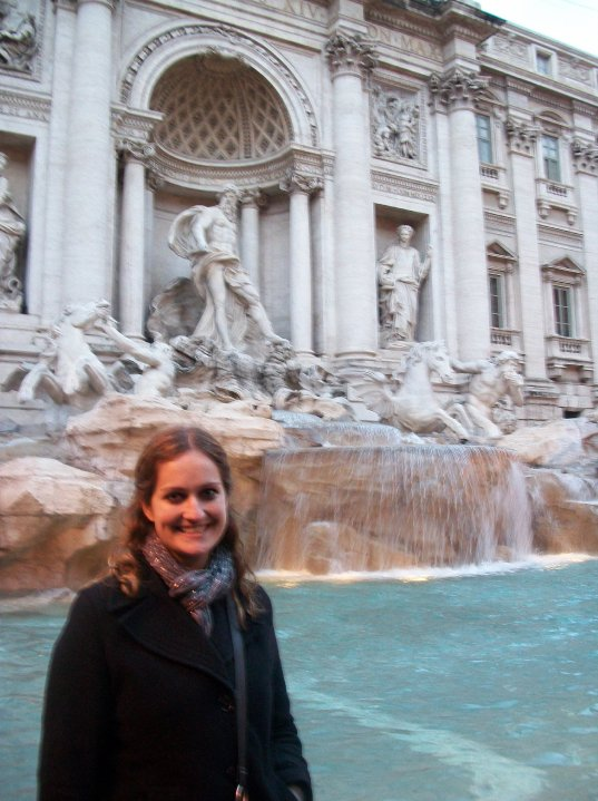 CAPAStudyAbroad_London_Spring2010_Trevi_fountain