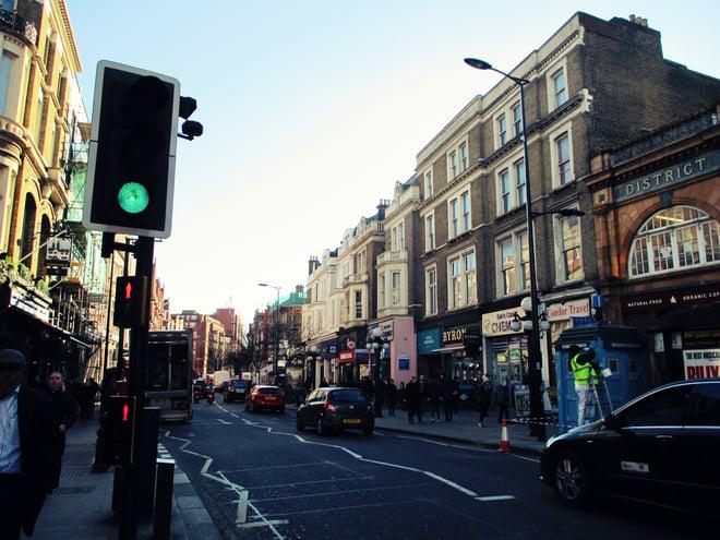 CAPAStudyAbroad_London_Spring2016_From_Rikki_Li_-_London_street_scene.jpg