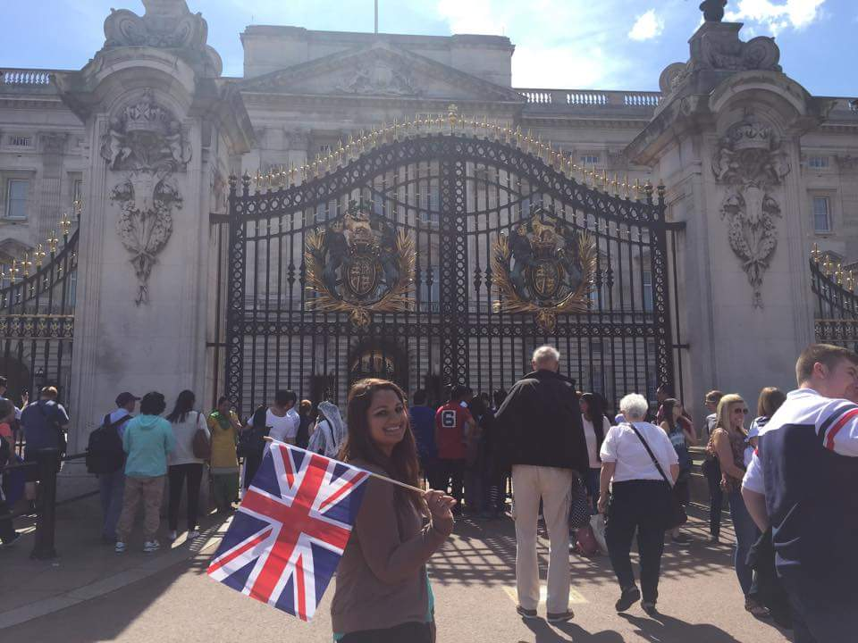 CAPAStudyAbroad_London_Summer2015_From_Roshni_Patel_-_Buckingham_Palace2