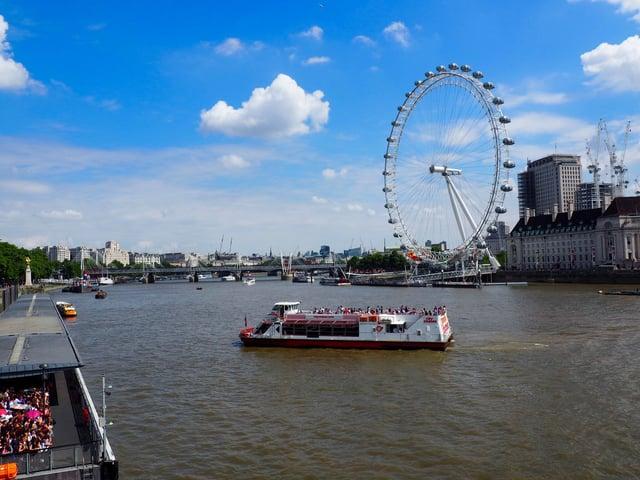 CAPAStudyAbroad_London_Summer2017_From Maita Ankrum Thames.jpg