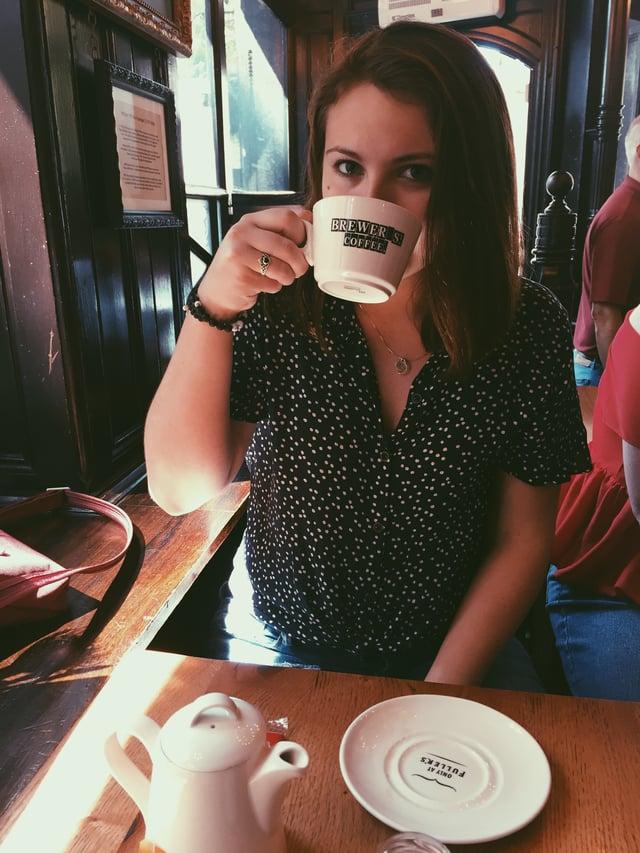 CAPAStudyAbroad_London_Summer2018_From Alexandra Zurbrick - drinking tea