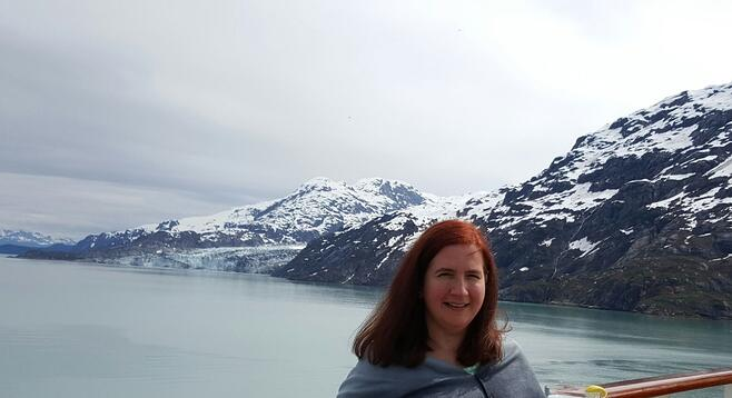 CAPAStudyAbroad_Parent_Interview_-_Nancy_Carey_-_Mother_of_CAPA_Dublin_Alumna_Liz_Carey_-_Nancy_in_Alaska_with_her_mom-146528-edited.jpg