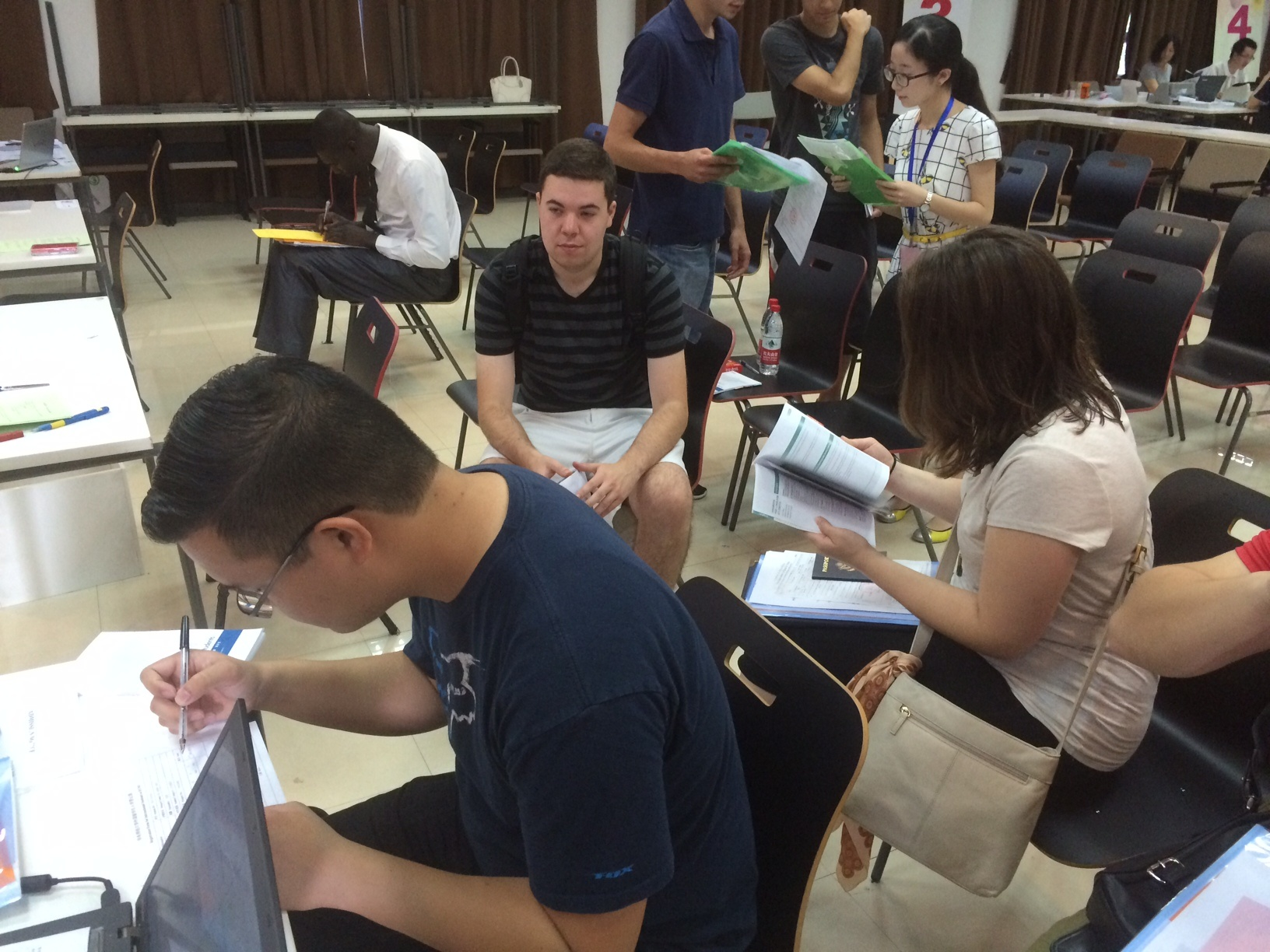 CAPAStudyAbroad_Shanghai_Fall2015_group_in_classroom