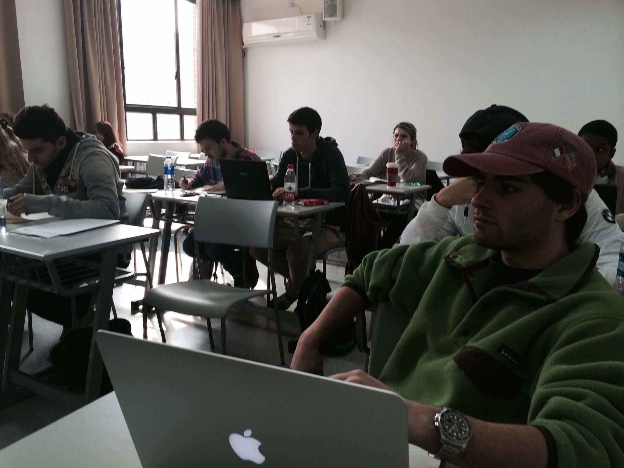 CAPAStudyAbroad_Shanghai_Professor_Brian_Schwartz_teaching_international_marketing_at_ECNU3.jpg
