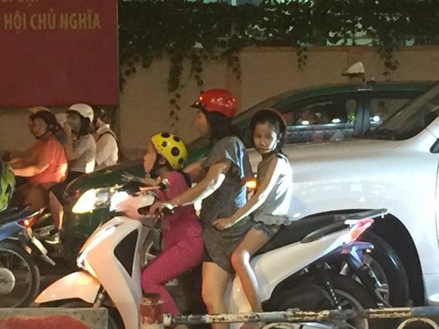 CAPAStudyAbroad_Shanghai_Summer2017_From Colin Speakman Motorbike.jpg