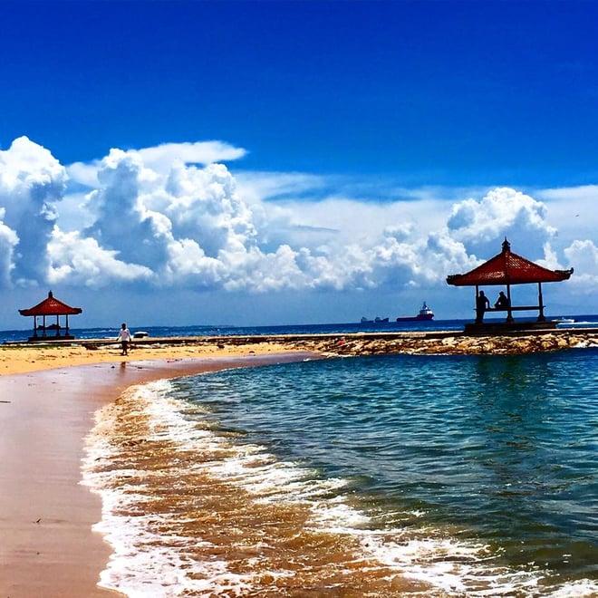 CAPAStudyAbroad_Sydney_Spring2016_From_Kisha_PAtel_-_Spring_Break_in_Bali_-_1_beach.jpg