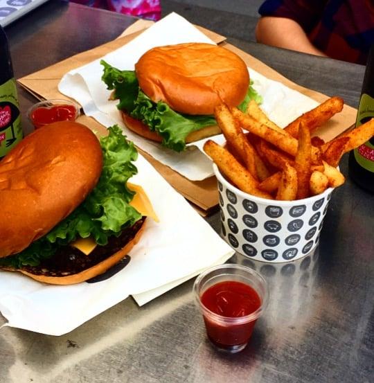 CAPAStudyAbroad_Sydney_Spring2016_From_Kisha_Patel_-_Foodie_post_-_5_Burger_Project.jpg
