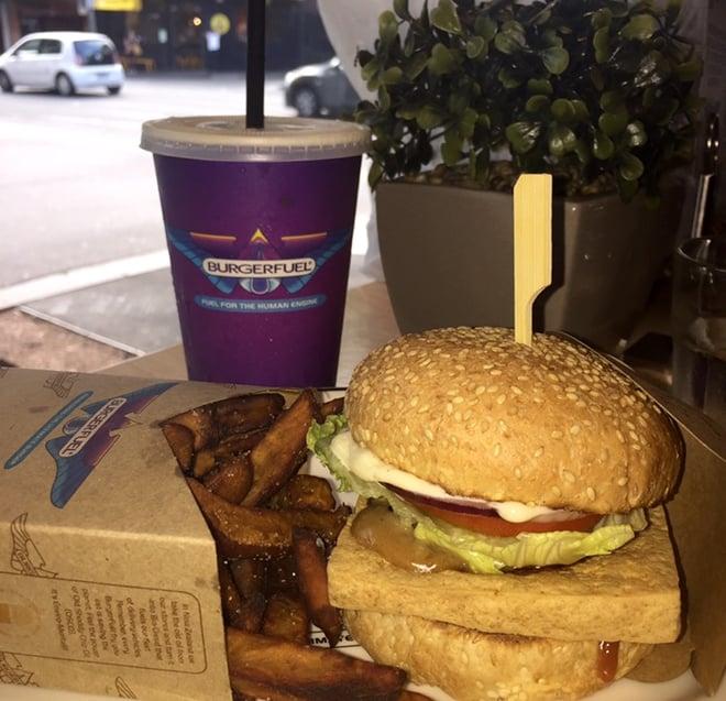 CAPAStudyAbroad_Sydney_Spring2016_From_Kisha_Patel_-_Foodie_post_-_6_burger_fuel.jpg