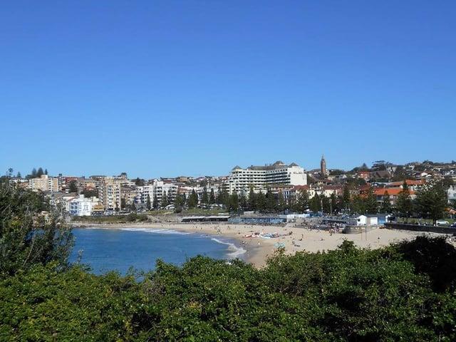 CAPAStudyAbroad_Sydney_Summer2017_From Shayanna Roman Beach.jpg