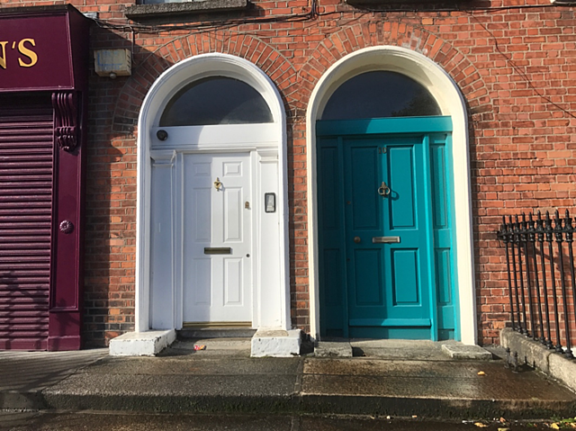 CAPAStudyAbroad_Fall2017_Dublin_From Elizabeth Leahy - Colorful Doors in Portobello.png