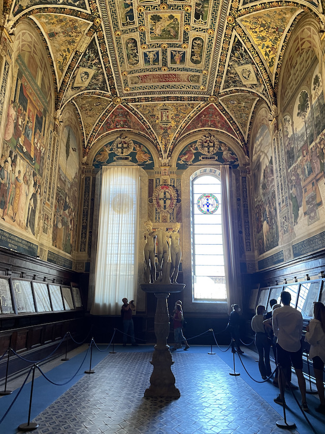 The library in the Duomo in Siena