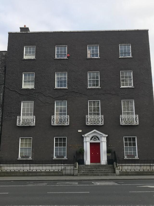 CAPAStudyAbroad_Dublin_Spring2018_From Brandon Mooney - building with red door