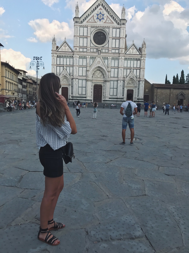 CAPAStudyAbroad_Fall2017_Florence_From Hayley Parker - Duomo.png