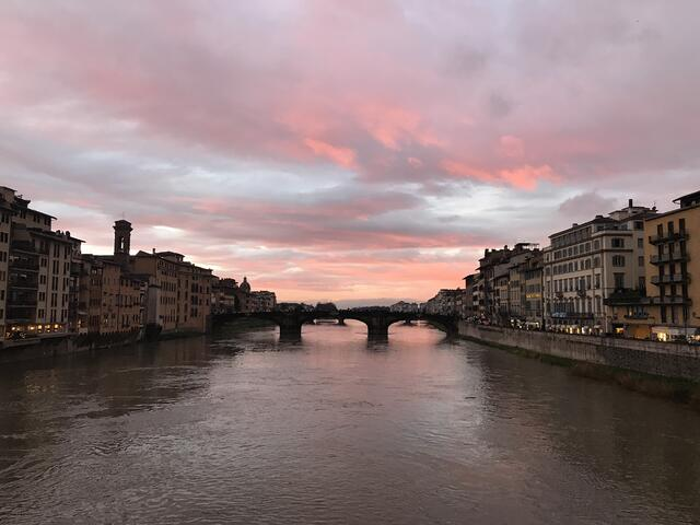 CAPAStudyAbroad_Florence_From Audrey Detmer - sunset on Arno River.jpg