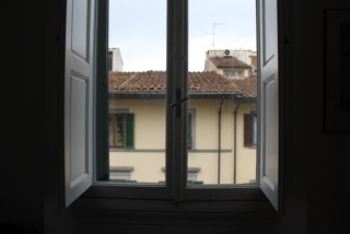 CAPAStudyAbroad_Florence_Spring2018_From Rachel Cholewinski - Apartment Tour_Main Window.jpeg