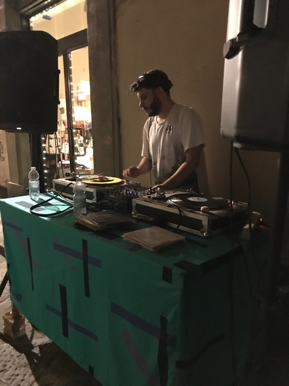 CAPAStudyAbroad_Florence_Summer2018_From Hannah Hardenbergh - A DJ Outside Lo Sdrucciolo