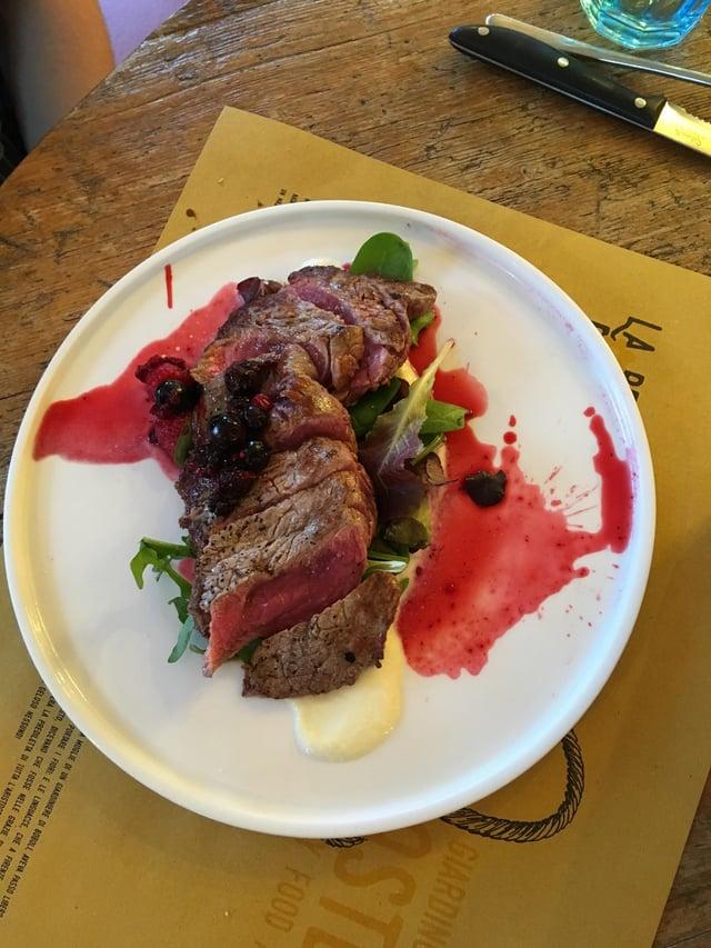 CAPAStudyAbroad_Florence_Summer2018_From Hannah Hardenbergh - Steak with Frutti di Bosco at La Beppa Fioraia