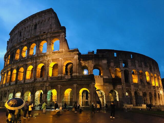 CAPAStudyAbroad_Fall2019_Florence_Sarah Graham_Colosseum