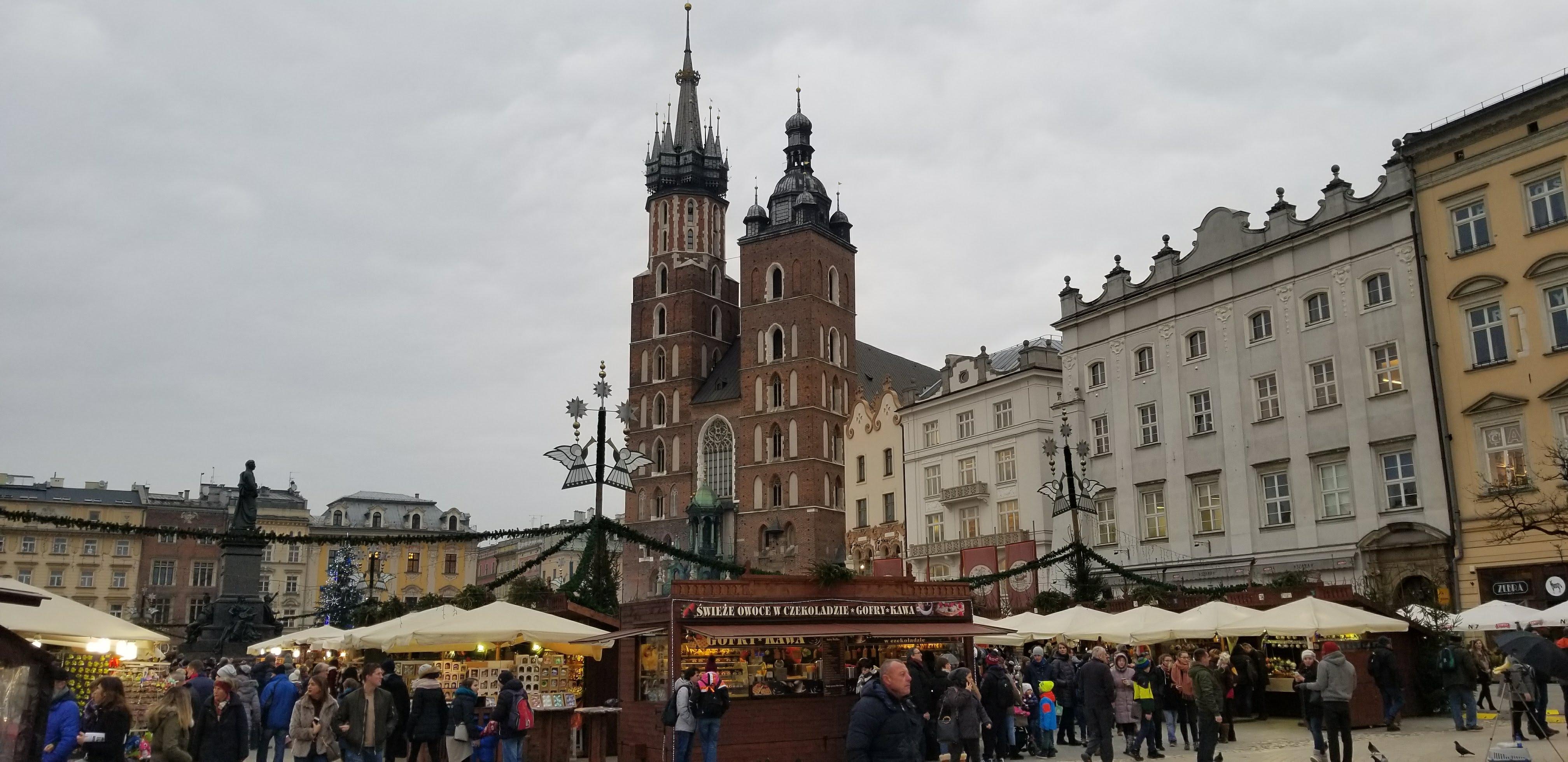 CAPAStudyAbroad_London_Fall2017_From Thaddeus Kaszuba - Christmas Market in Krakow Old Town in Poland.jpg