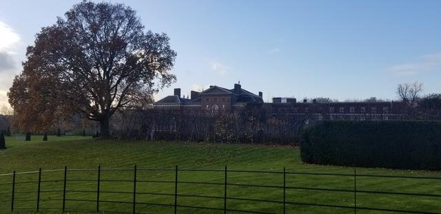 CAPAStudyAbroad_London_Fall2017_From Thaddeus Kaszuba - Kensington Palace.jpg
