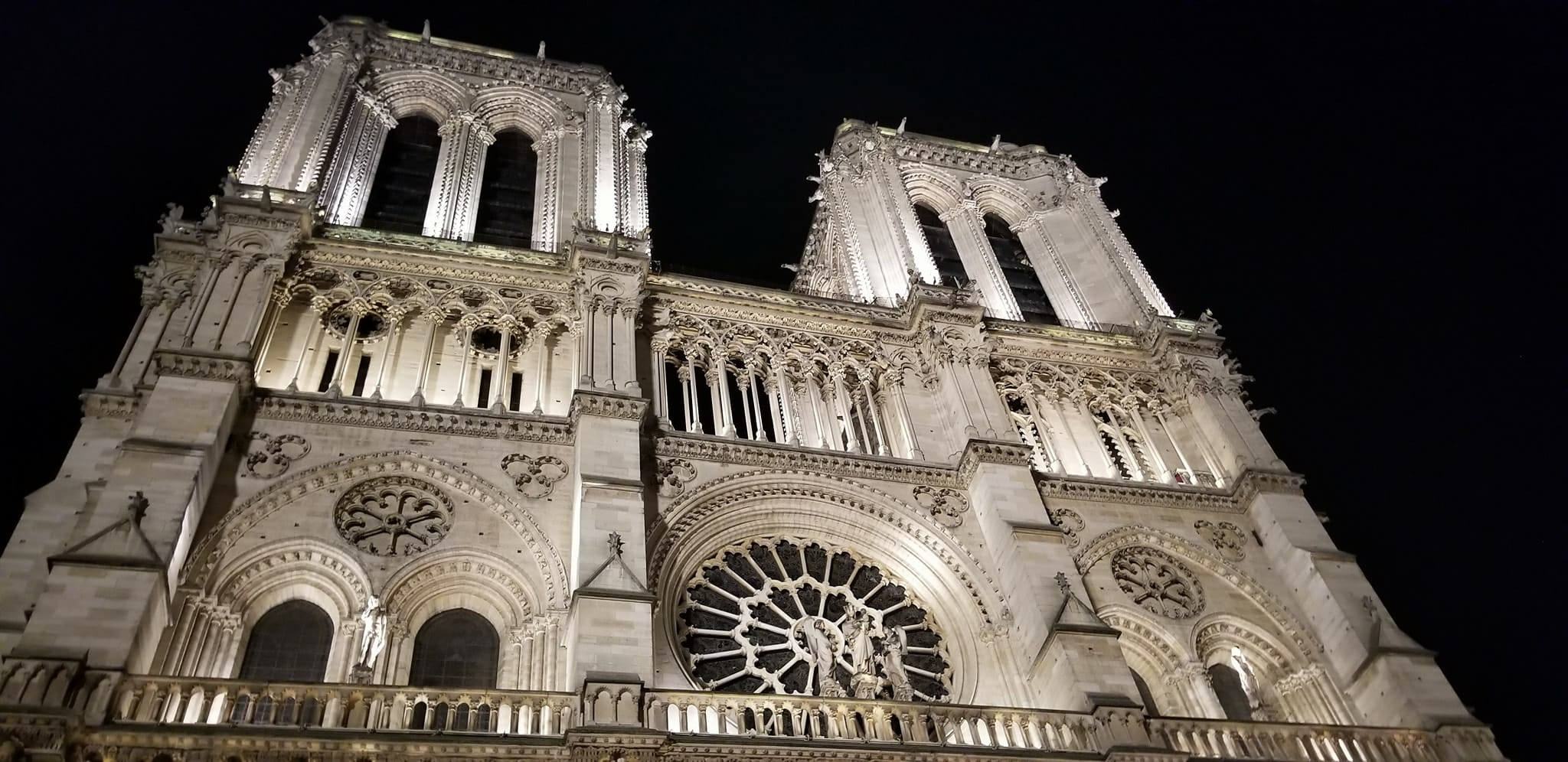 CAPAStudyAbroad_London_Fall2017_From Thaddeus Kaszuba - Notre Dame Cathederal in Paris.jpg